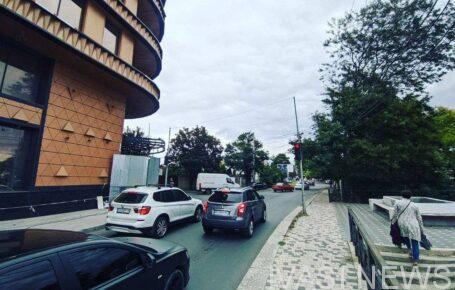 На Львовской демонтировали незаконный знак