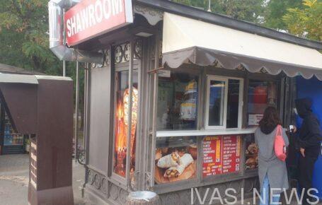 Одесситы добились закрытия шаурмичной на Старопортофранковской