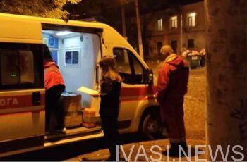 В Одессе медики скорой вместе с волонтерами спасают тяжелых ковидных больных