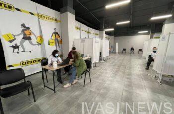 Три центра массовой вакцинации в Одессе продолжат работу в будние дни