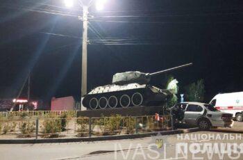 В Одесской области водитель Nissan погиб от столкновения с танком