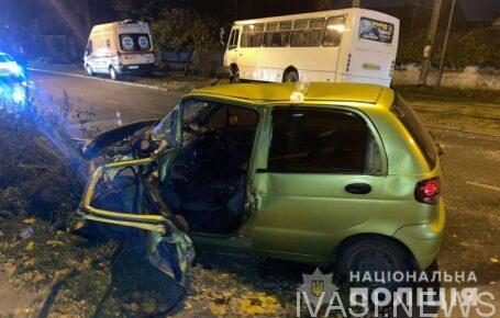 В Одессе столкнулись Daewoo и маршрутка: погибла женщина